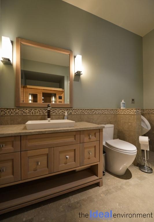 Chemong Lake Country Home Bathroom