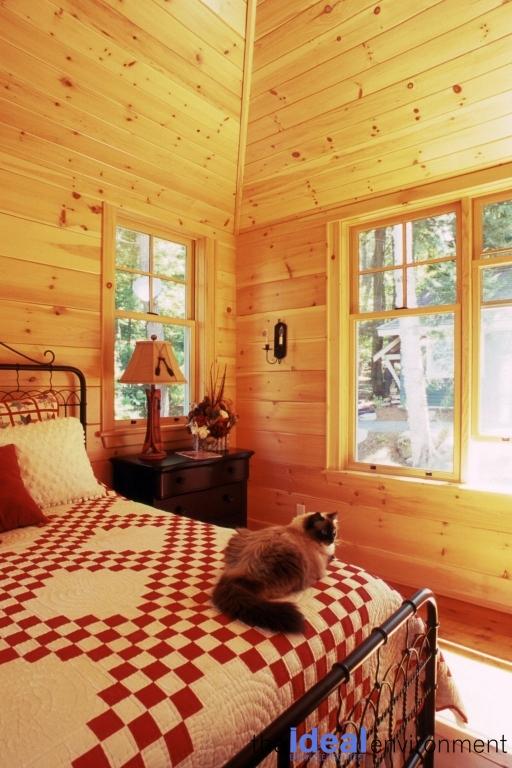 Bigwin Island Cottage Bedroom 3