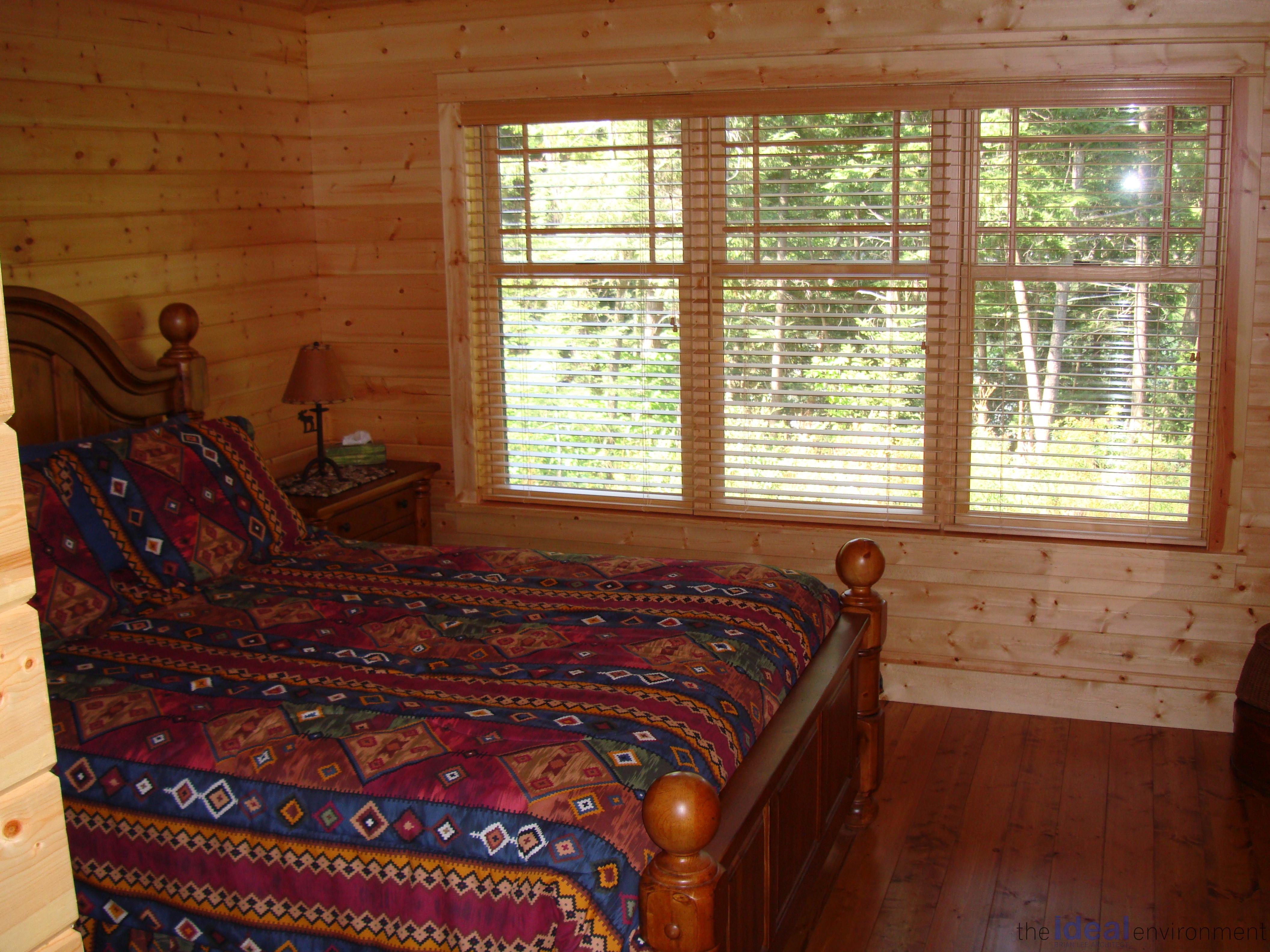 Kennisis Lake Cottage 3 Bedroom