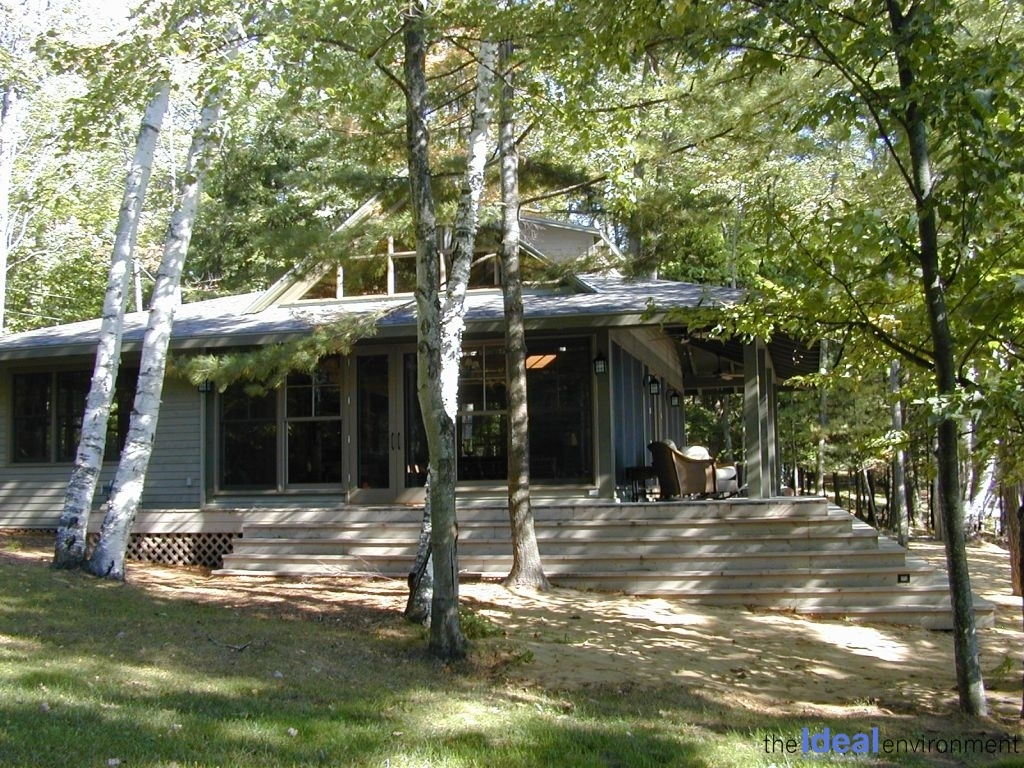 Lake Rosseau Cottage Exterior View 2