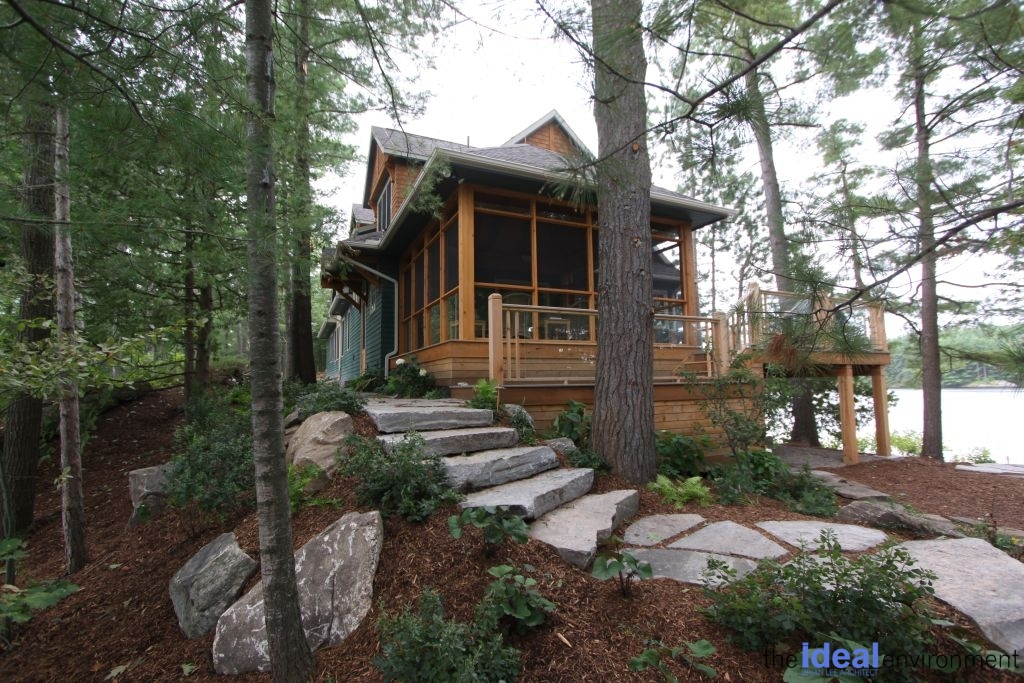 Muldrew Lake Cottage Exterior